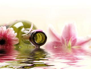 aromytherapy massage-therapy celebrates wellness